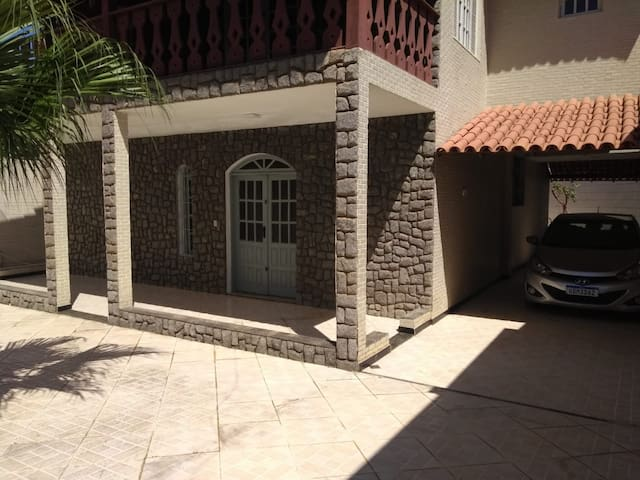 Aluga-se Casa de Praia