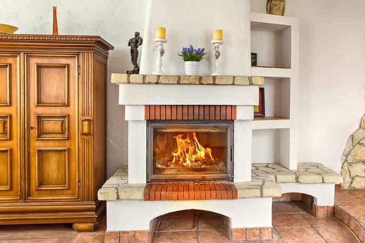 Cozy house near Lublin, sauna,gym,fireplace,12 prs - Nasutów - House