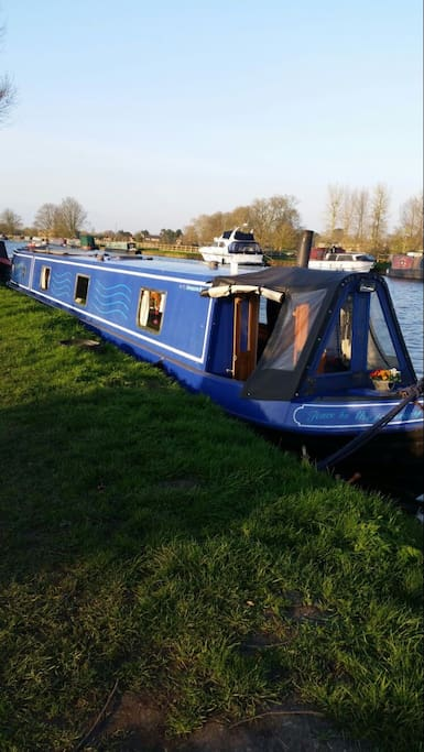 Moored along the G&S