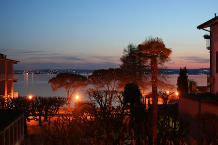 Attico vista lago - Sirmione