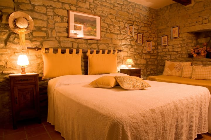 Renovated Borgo off the beaten path - Civitella di Romagna - Appartement