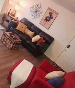 Clean/Cozy apartment close to Lawton/Ft.Sill