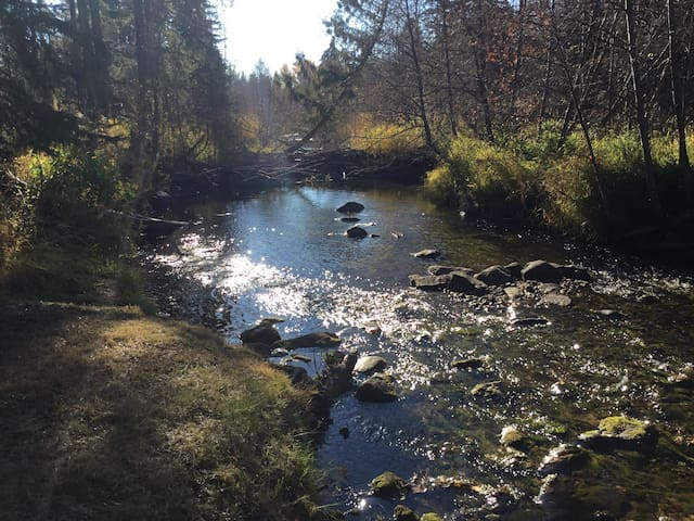 The Little Pend Oreille Guesthouse
