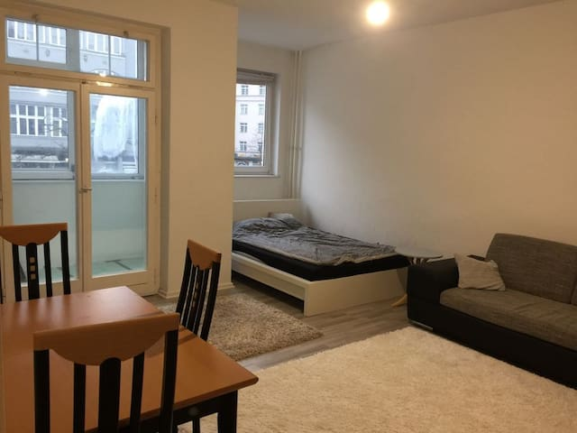 Cozy studio apartment in West Berlin - Berlin - Apartemen