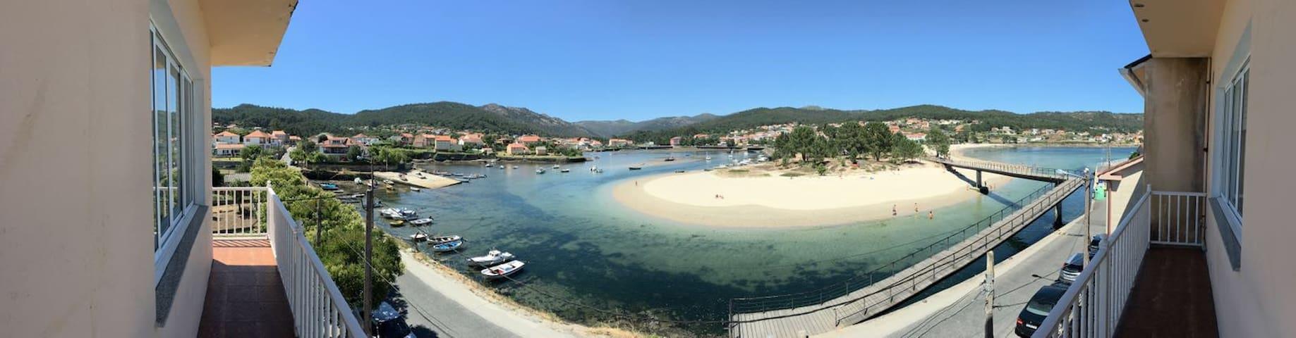 La playa a tus pies - Muros - Holiday home