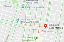 La casa está cerca del inicio del paseo de Montejo que se conoce como el remate. Ustedes pueden llegar caminando.  The house is close to Paseo De Montejo avenue. You can walk to it