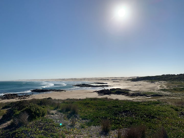 OCEAN BREEZE - Anna Bay