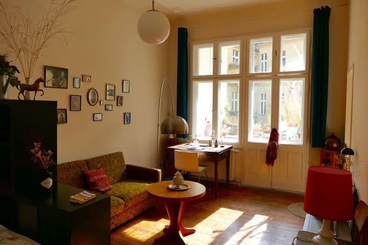 Vintage, Cosy & Quiet Oasis - Berlín