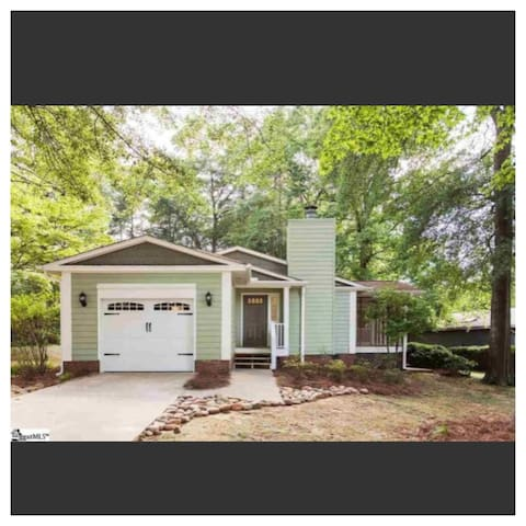 Craftsman Home near Downtown Greenville - Greenville - Haus
