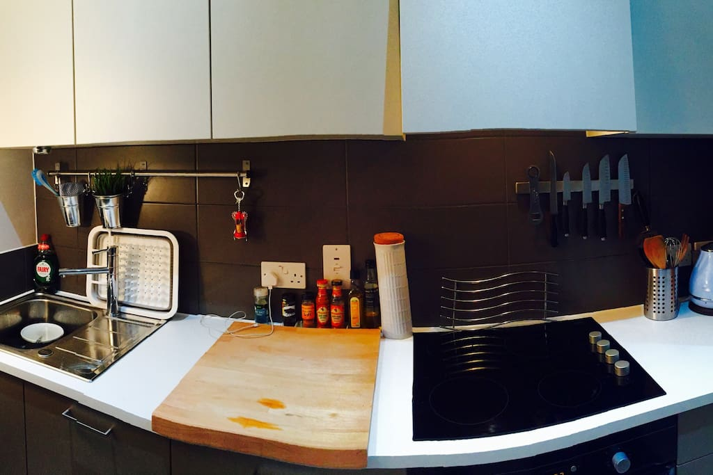 Kitchen unit. Feel free to cook!