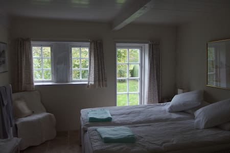 Bailey´s bed and breakfast - Søby Ærø