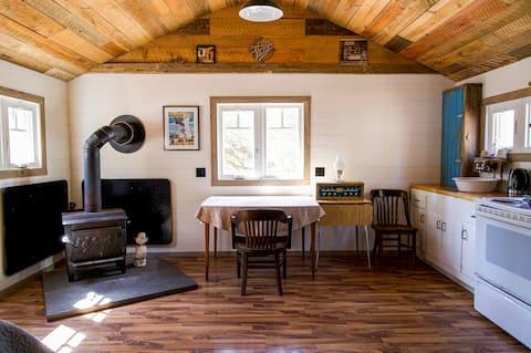 North Muskoka Hemlock Cabin