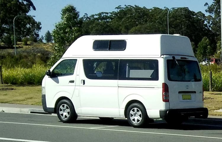 Campervan - Discover Woolgoolga, Coffs Harbour
