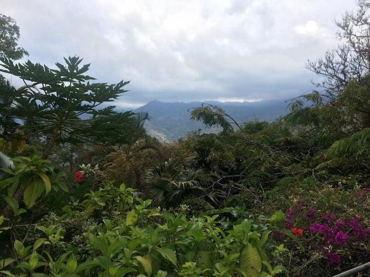 Casa con espectacular vista muy cerca a Bogotá