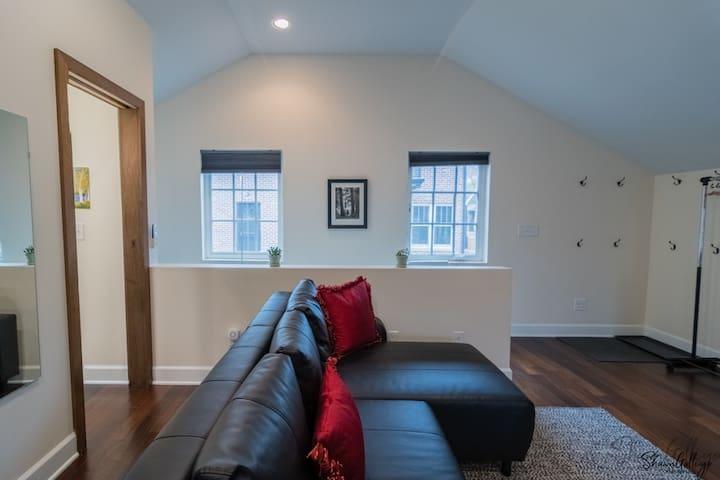 The Nest in Platt Park - Studio Apartment