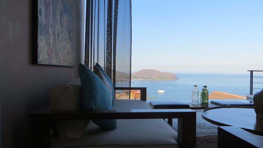 Penthouse 4 Bedroom Casa with View! - Zihuatanejo - Appartement en résidence