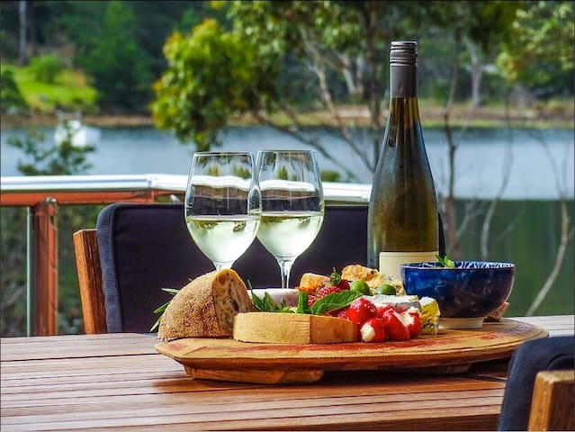 Huon River Lodge - Charlotte Cove - Casa