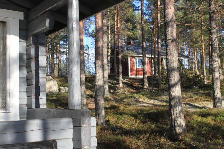 Mökki Näsijärven rannalla