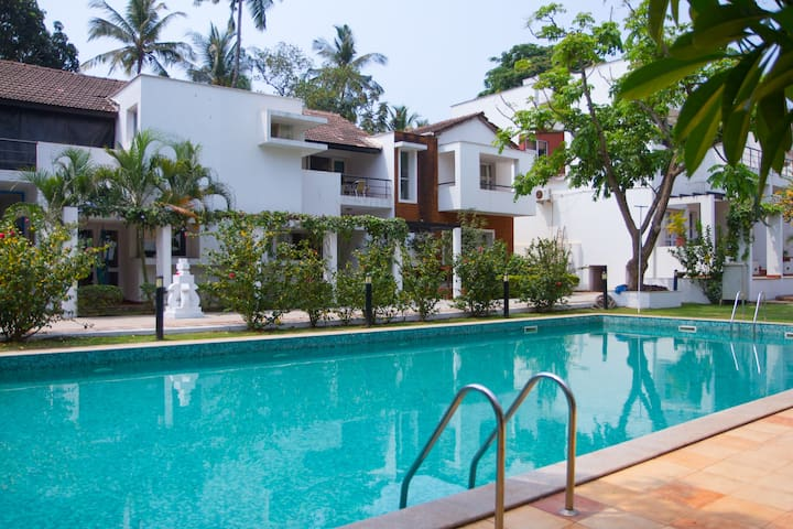 Beautiful & cozy villa @ Candolim - Candolim - Villa