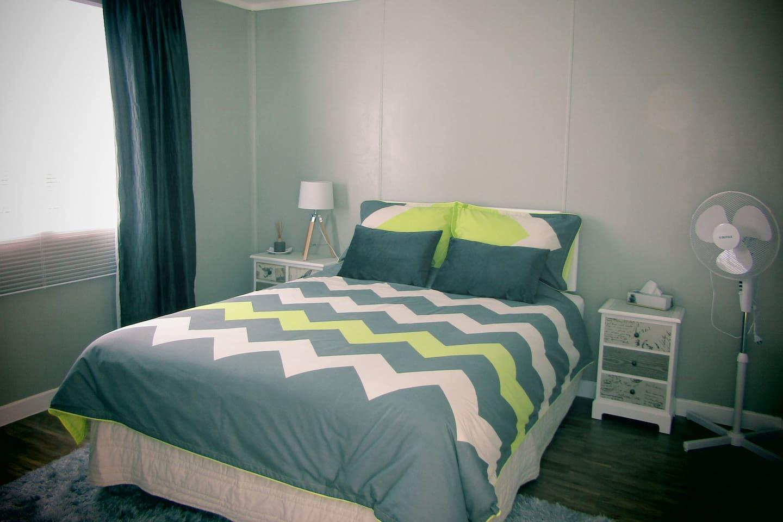 Comfy queen size bed