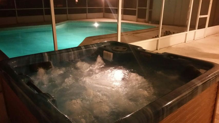 [SANITIZED & 50% OFF] Pool, Hot tub & Netflix Unit