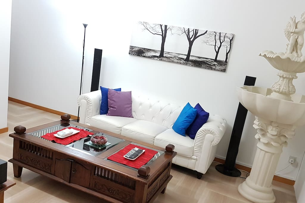 Well Furnished Cozy Aircon Living Area (1)
