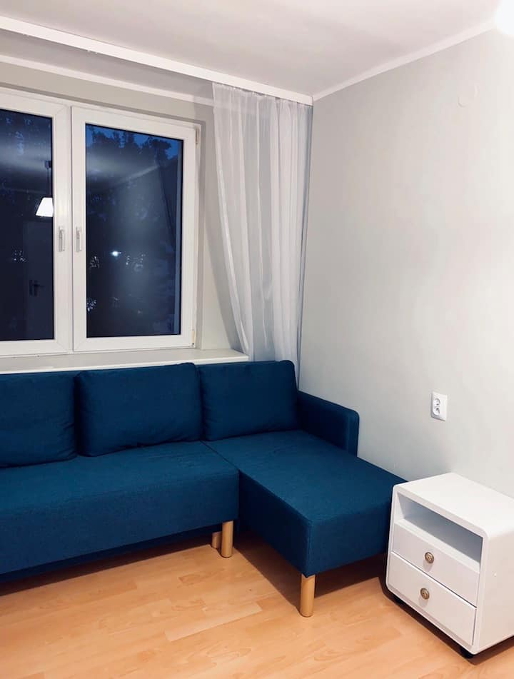 Sunny apartment near metro station