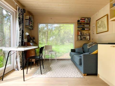 Writer's cabin QU:R in Neeme village
