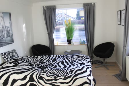 Nice room by Stevns Klint (Room 1) - Store Heddinge - Apartment