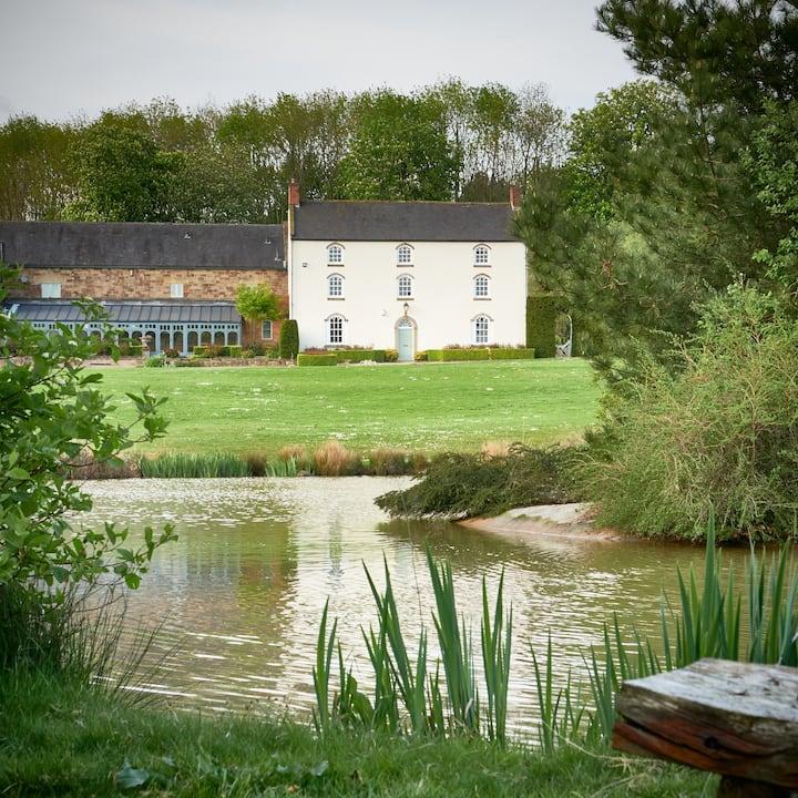 Heron House - A Grand Georgian Farmhouse