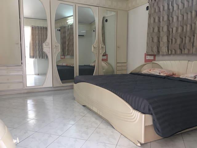 Studio Apartment Ahmedabad Tcs prahlad nagar september 2017: top 20 prahlad nagar vacation