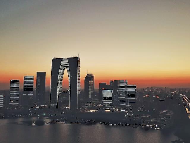 #REAL B&B# 真正的民宿 Oriental Arc东方之门 云端俯瞰金鸡湖美景 玩转苏州中心