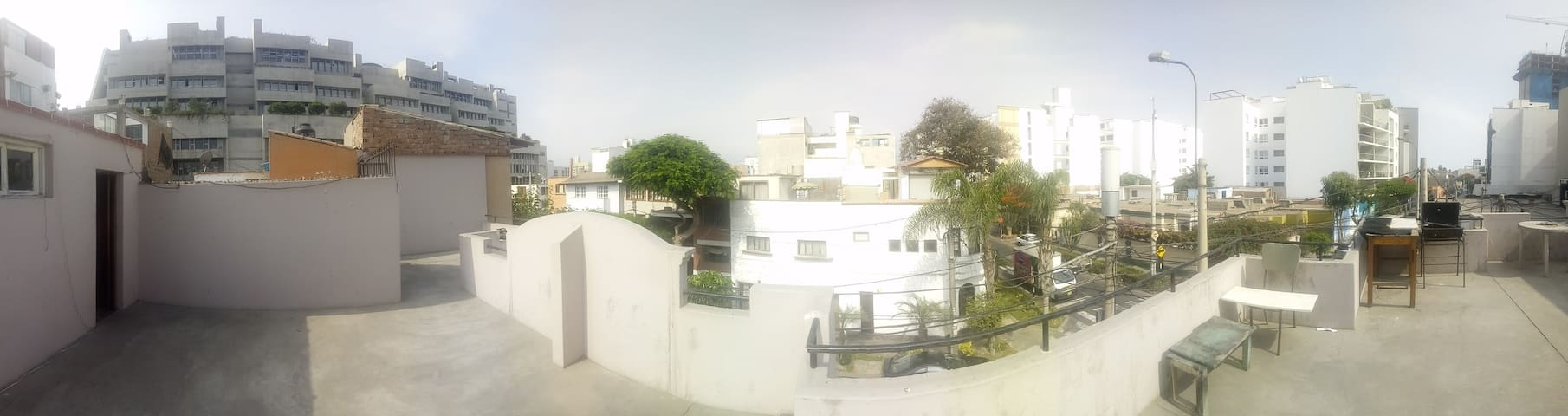 Terrace in Barranco for couples (or 1 person)