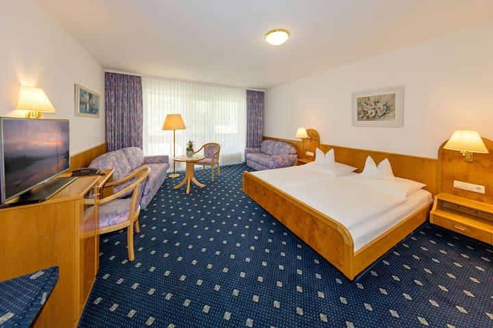 Gasthof - Hotel zum Ochsen, (Berghülen), Economy Doppelzimmer mit Dusche und WC