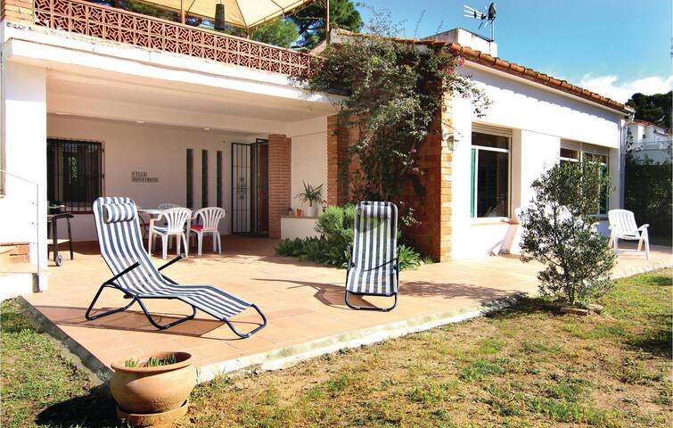 Holiday cottage with 2 bedrooms on 90m² in Platja d'Aro