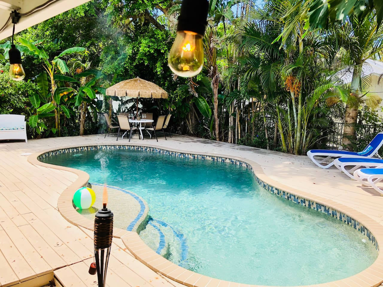 Tropical PRIVATE Backyard and Pool