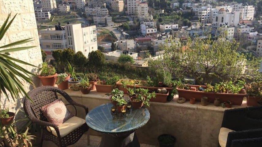 Shared room in Ramallah