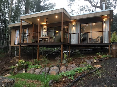 The Wilds Container Home - Luxurious eco escape