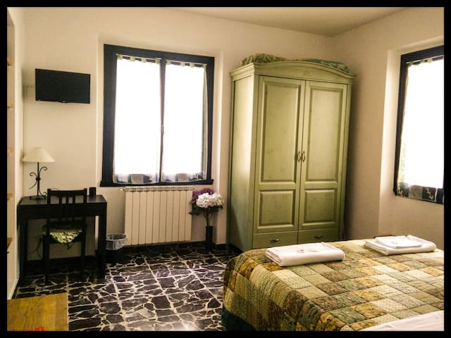 ♡Cozy room in the Heart of Florence