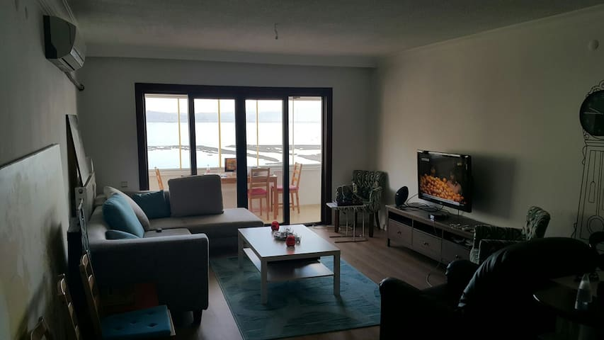 Muhtesem deniz manzaralı - izmir - Apartamento