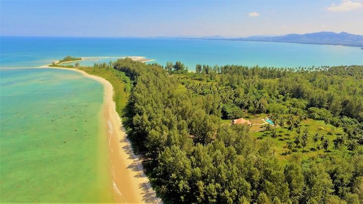 Coral Beach Penthouse Khao Lak