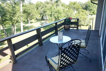 Great Getaway!  Lakeview Home with Large Deck!