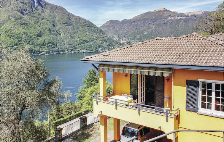 Holiday cottage with 3 bedrooms on 110m² in Nesso CO