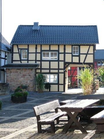 Ziehbrunnenhäuschen, Fachwerk - Bad Münstereifel