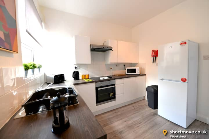 Close to centre | 2x double bed | Kitchen | Wifi