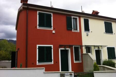 Apartament near La Spezia e Cinque Terre - Apartment