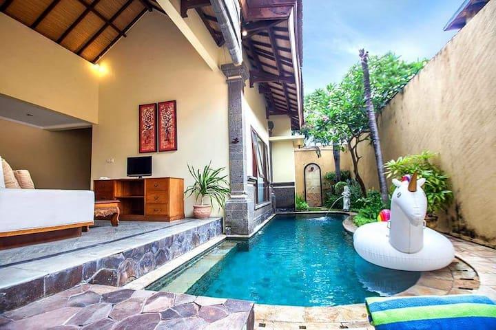 1 BRoom Clasic Private Pool Villa In Seminyak
