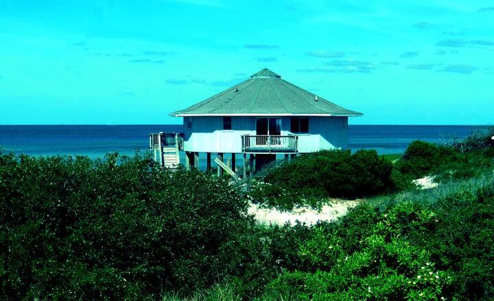 Beach House - Privacy & Serenity