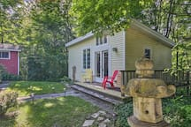 Book this charming vacation rental today!