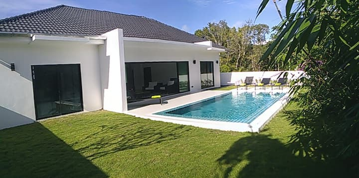The White Villa, Khao Lak